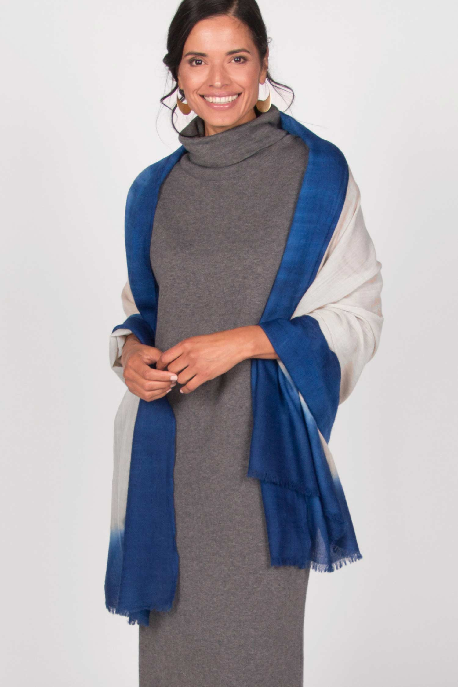 Womens Handloomed Ombre Wool Scarf | Blue