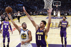 Zombie-Ball: 2 Observations from the Warriors' Game 22 Win Over the Lakers (16-6)