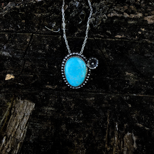 Kingman Turquoise Cactus Blossom Necklace