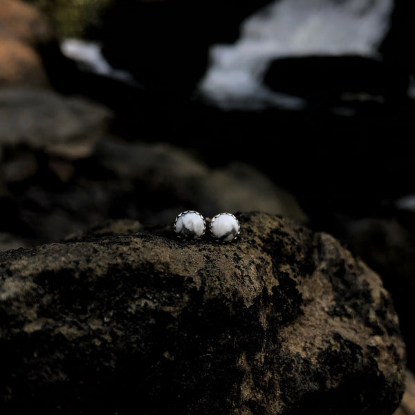 Tiny White Buffalo Studs