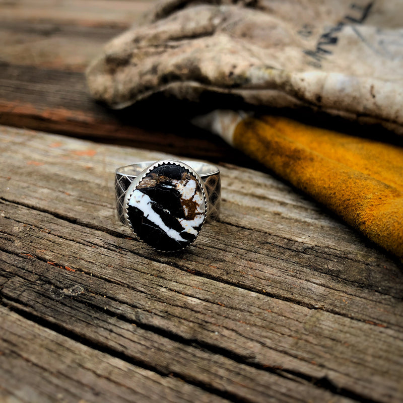 White Buffalo Men's Ring // Size 10.5