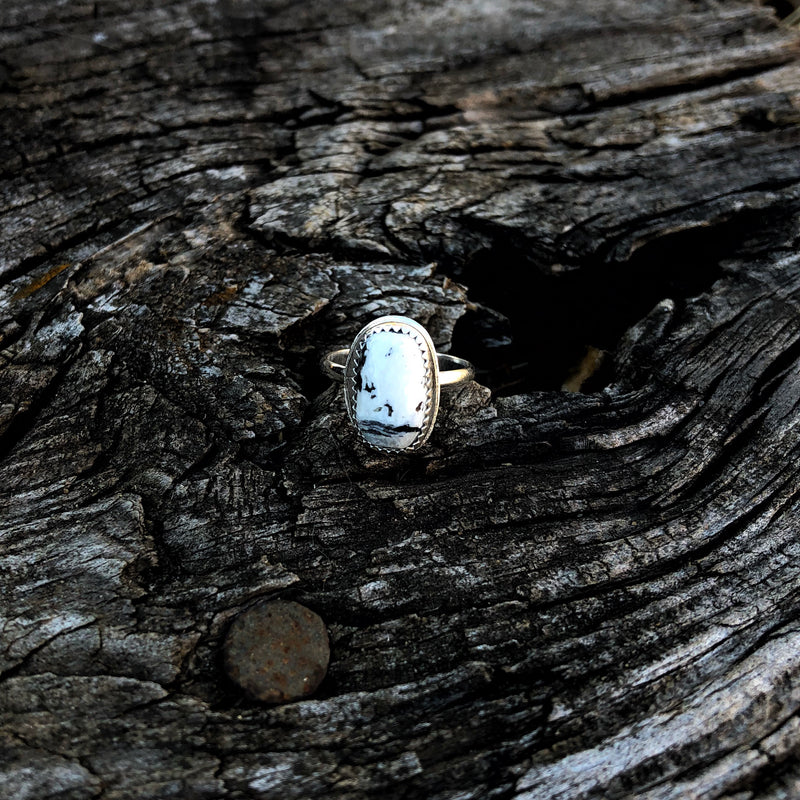 White Buffalo Ring // Size 5