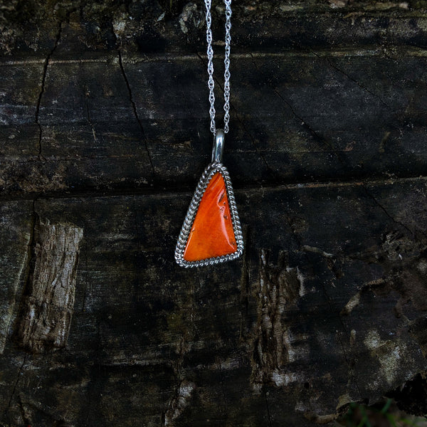 Spiny Oyster Teardrop Necklace
