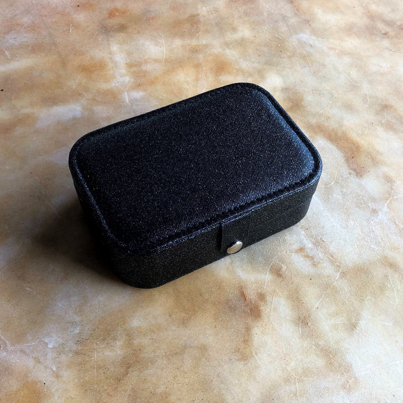 Leatherette Jewelry Carry Case