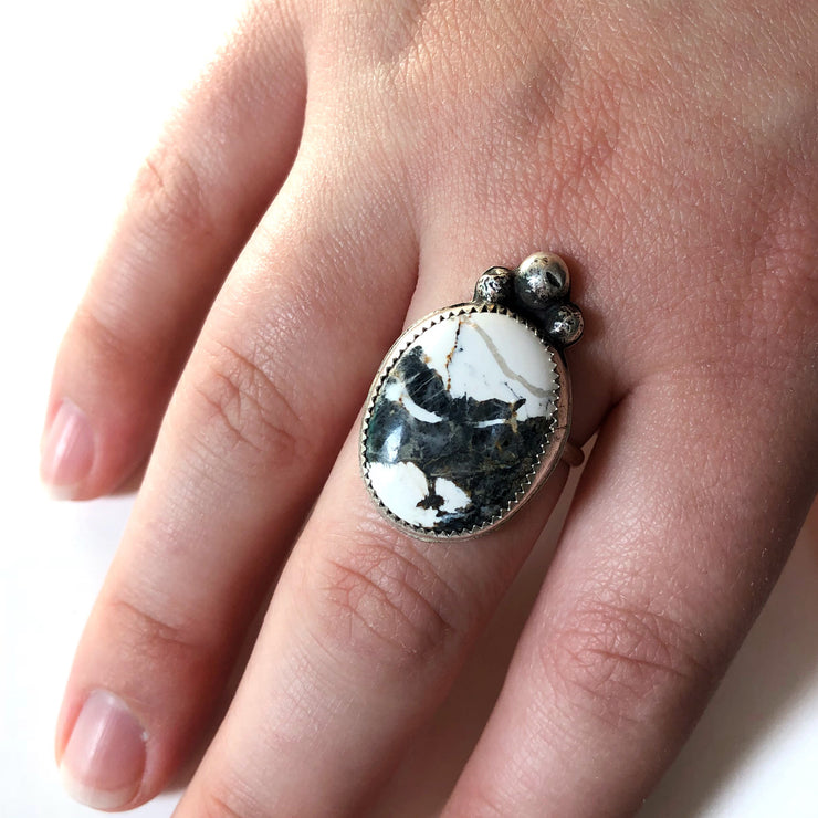 White Buffalo Oval with Sterling Drops Ring // Size 9.75