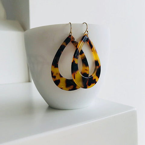 Twigg Grande Tear Tortoiseshell Earrings - Dark