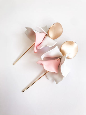 Willow Collective Wildflower Dangles - Blush/Cream