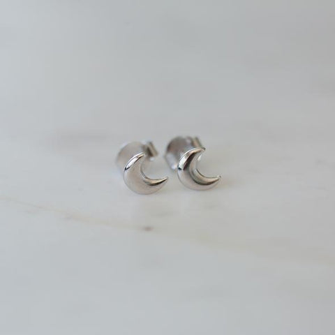 Sophie Luna Lover Stud Earrings - Silver