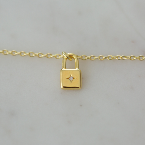 Sophie Little Lock Necklace - Gold