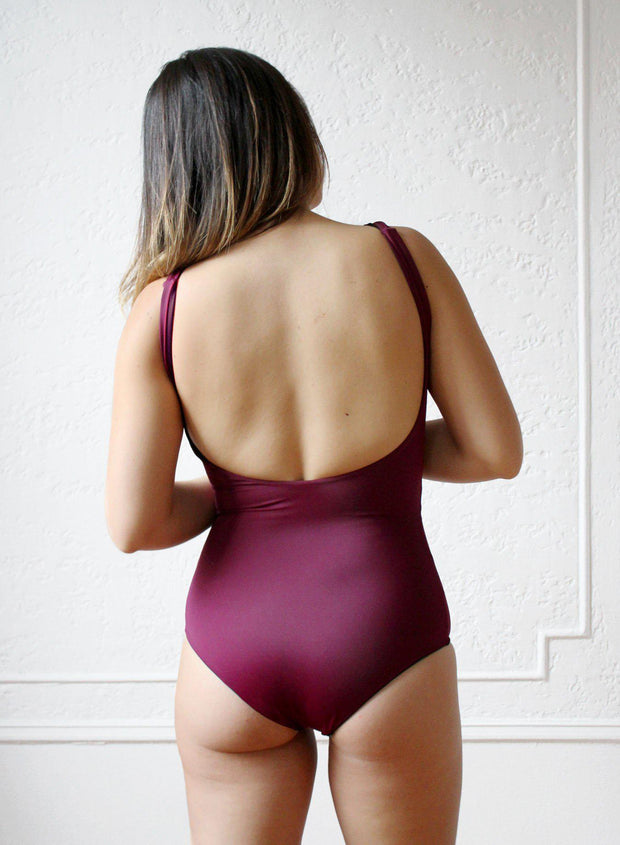 bikini-swimwear-bathing suit-seamless-comfortable-soft-reversible-quick dry-fast dry-long torso-regular torso-scarlet-solid-maroon-red-medium coverage-low back-backless-cheeky