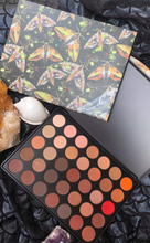 THE TREASURE CHEST - Brow & Eyeshadow Palette