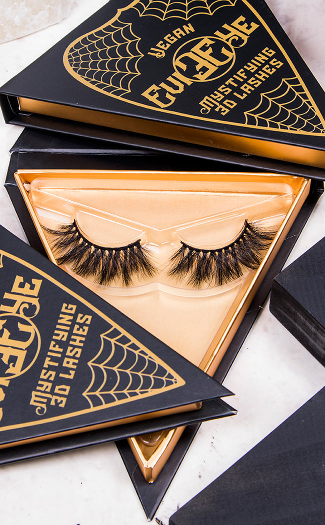 MACBETH - 3D Mystifying Lashes