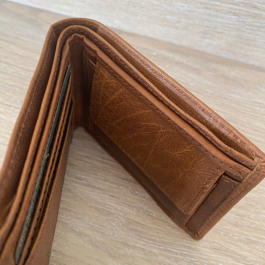 Rugged Hide leather wallet pushkar compact tan | Shelf home and gifts