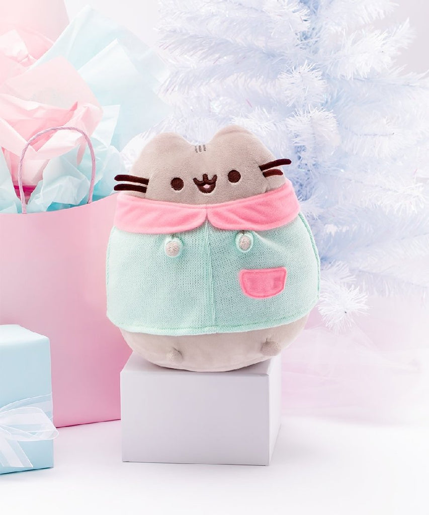 Winter Pusheen
