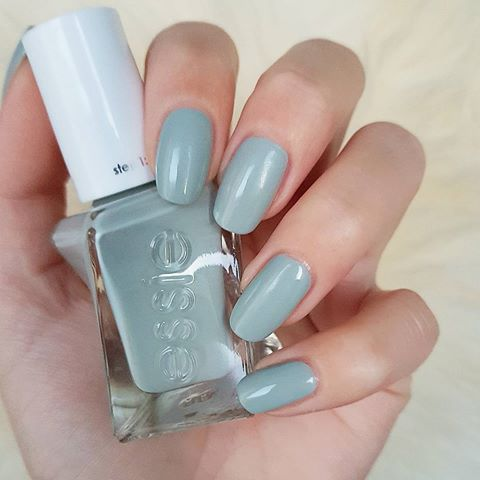 Essie Nail Polish Lacquer Facet Forward 1137