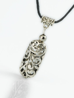 Vintage Sliver Hollow Carving Necklaces Accessories