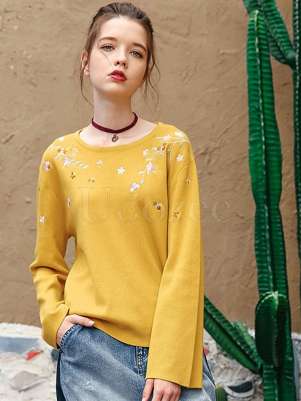 Liebo Round Neck Embroidered Backless Sweater