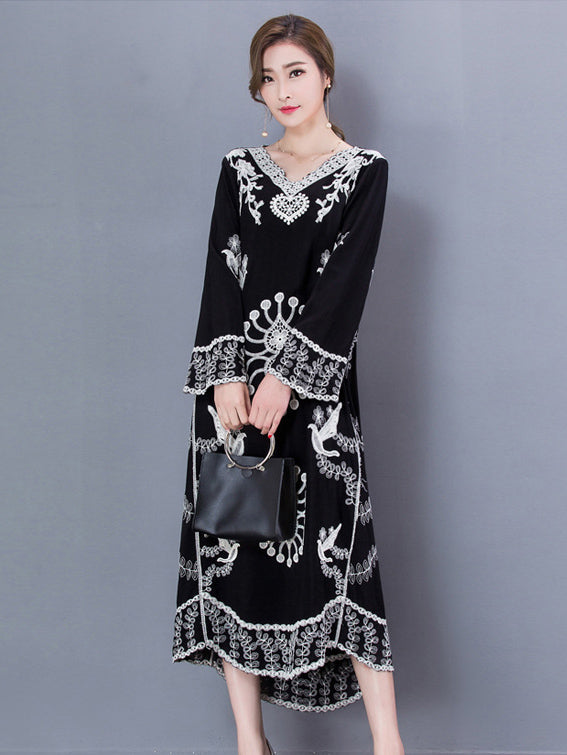 Black Large Size Flower Embroidered  A-line Maxi Dress