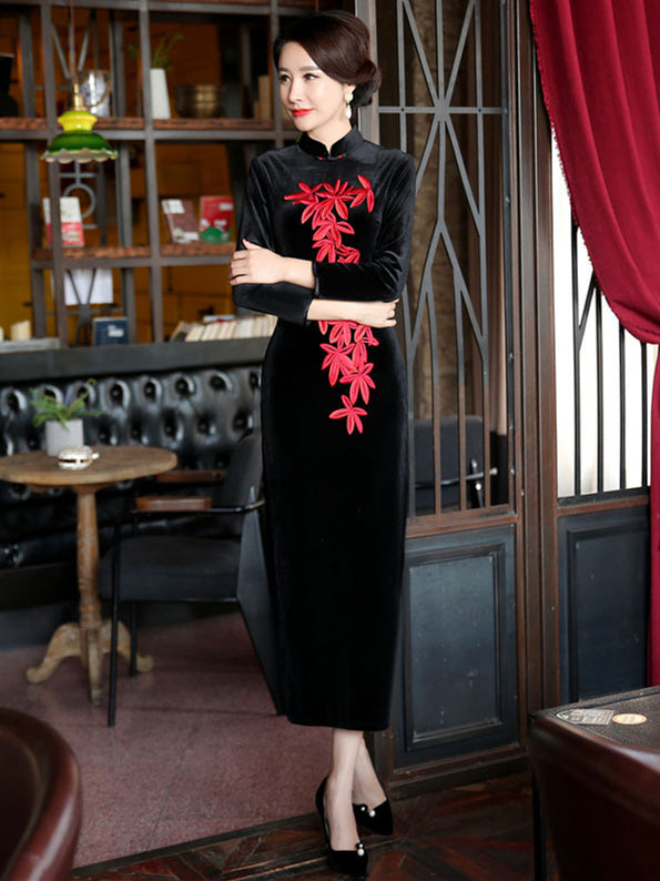 Velvet Black Embroidered Side Split Long Cheongsam