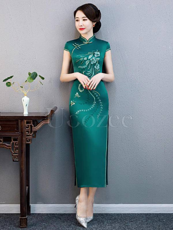 Embroidered Silk Improved Long Cheongsams