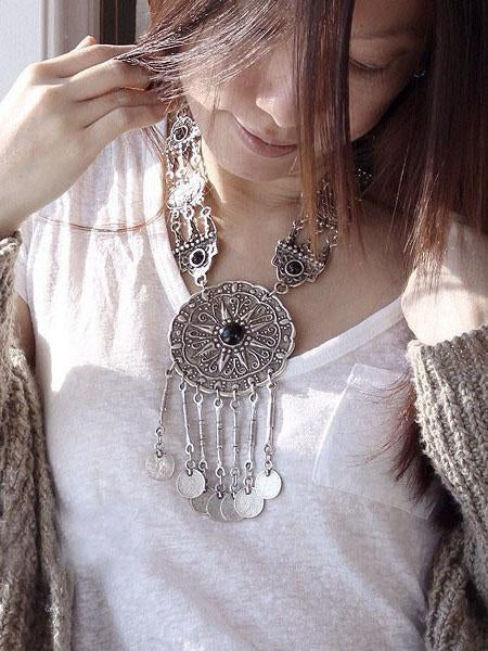 National Carving Coin Tassels Necklaces Accessories