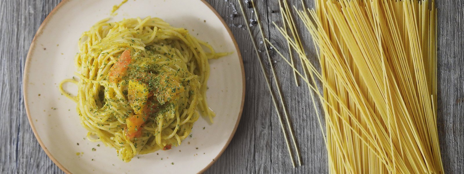 Burnt Garlic And Pumpkin Vegan Spaghetti