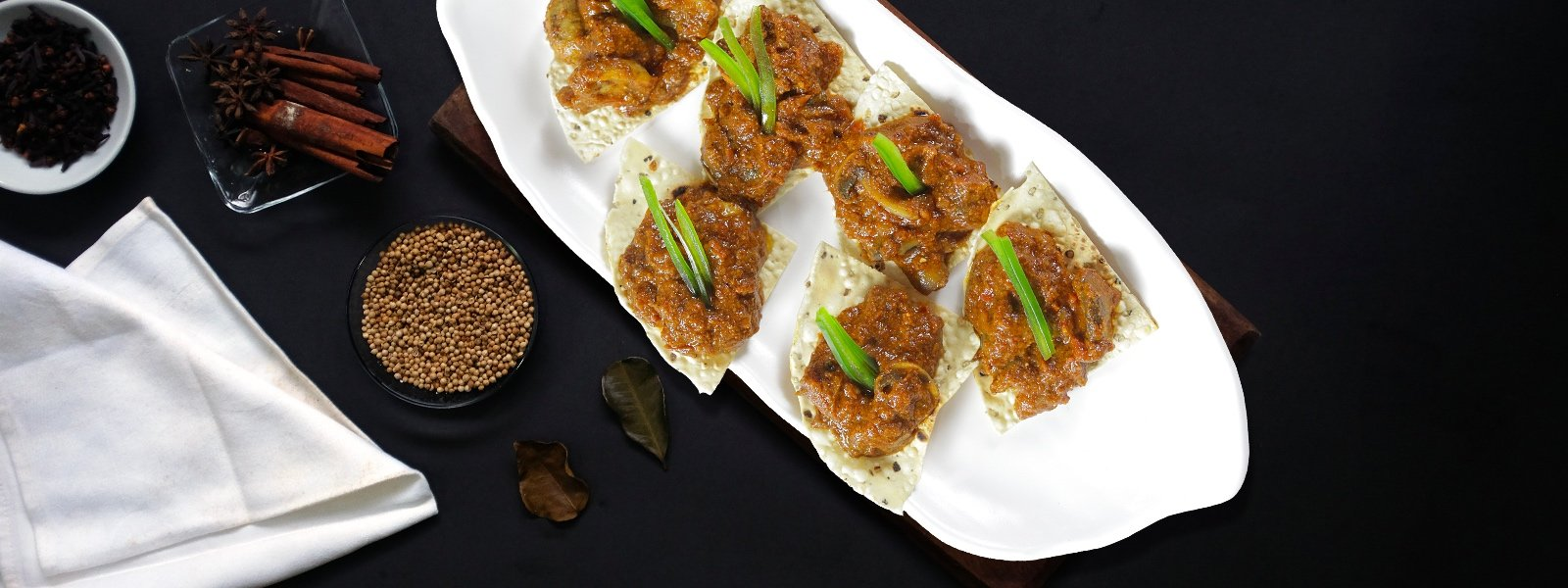 Chettinad Mushroom And Papad Canapés