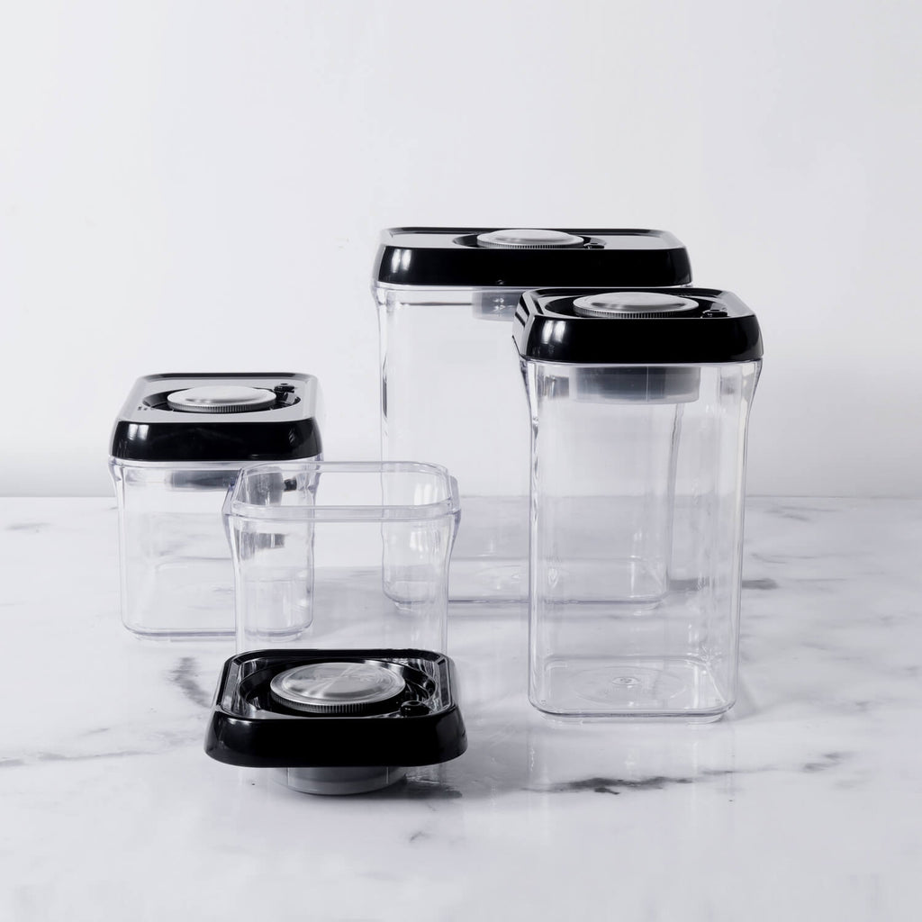 Meyer 4 piece Vacuum Seal Air Tight Container Set (500ml + 1000ml Tall + 1000ml Wide + 2000ml)) - Pots and Pans