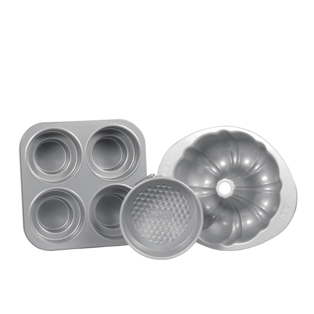 "25cm/10"" Fluted Mold + 4 Cup Round Cakelette Pan + 16cm Springform Cake Tin"