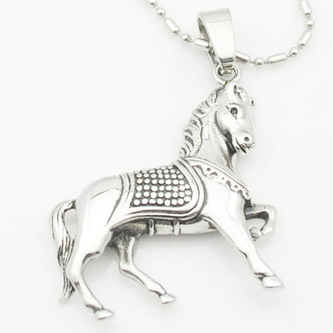 Trotting horse necklace