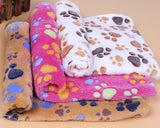 104 x 76 cm Soft Warm Pet Bed Blankets with Paw Prints
