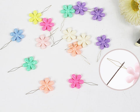 Needle Threaders 20 Pieces Flower Shaped Plastic Hand Sewing Kit