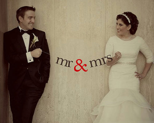 Mr. And Mrs. Wedding Photo Booth Props Banner - Red
