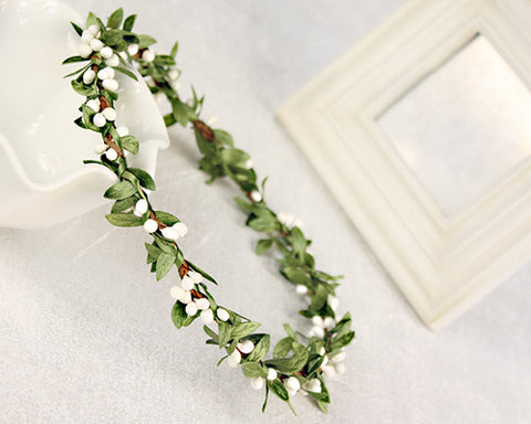 Glamorous Bridal White Green Leaves Hair Band