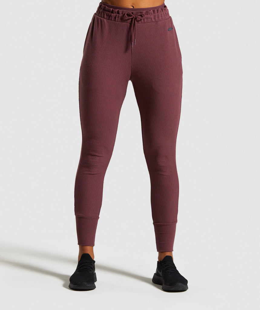 Gymshark Studio Pants - Berry Red 1