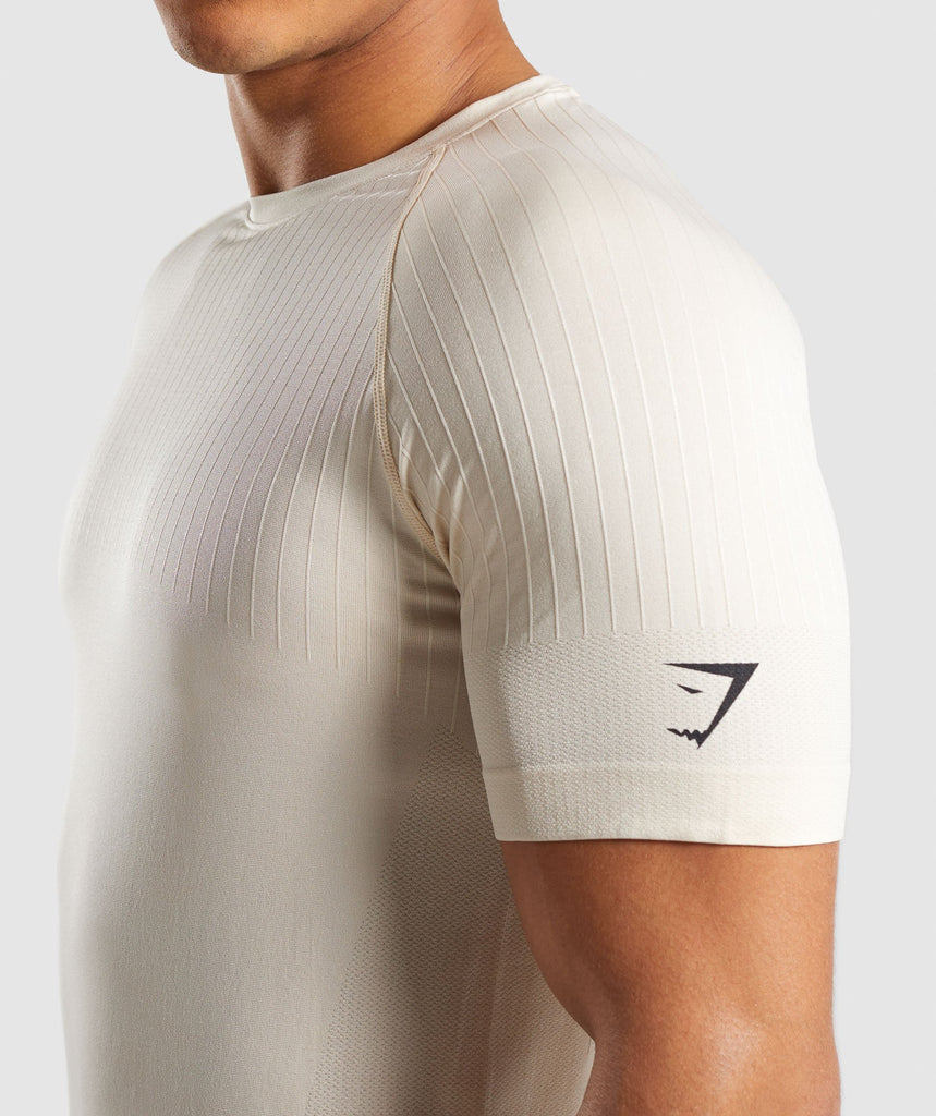 Gymshark Superior Lightweight Seamless T-Shirt - Warm Beige 6