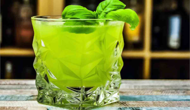 Come fare un Amuerte Gin Basil Smash