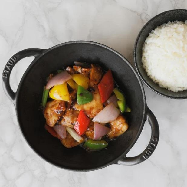 Wok Fried Chicken in Black Bean Sauce with Steamed Rice