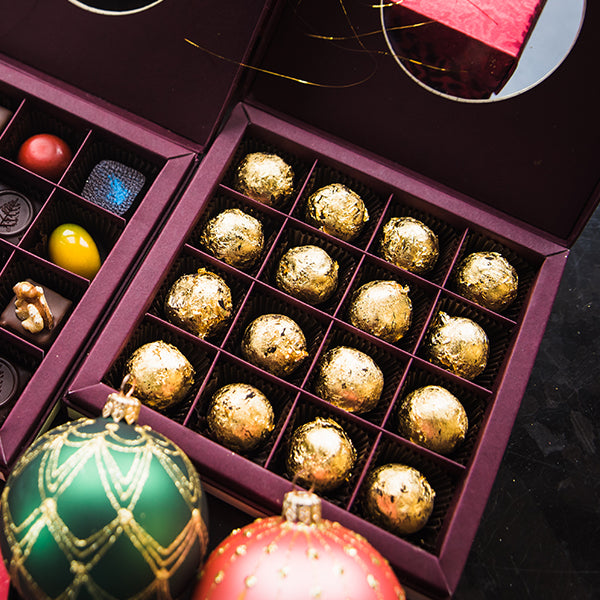 Chocolate & Champagne Truffle with Real Gold in Box (16pcs)