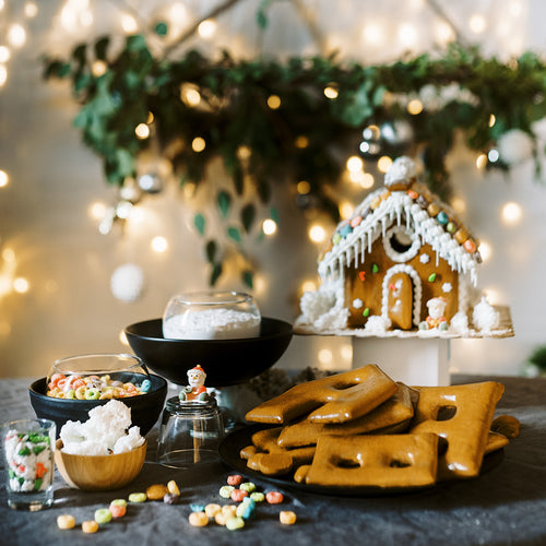Create Your Own Gingerbread House Kit (1 Set)