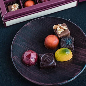 Four Seasons Chocolate Box (9pcs)