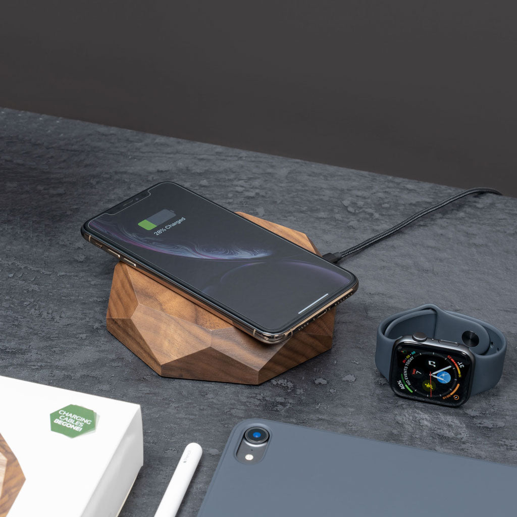 Wooden QI wireless charger www.oakywood.shop
