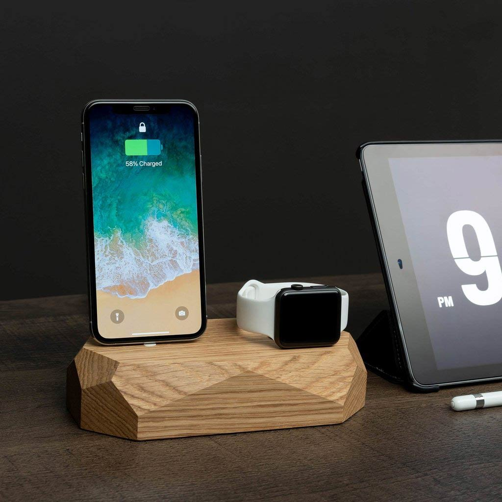 iPhone and Apple watch charger wood www.oakywood.shop