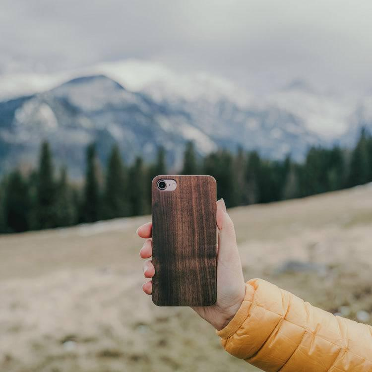 wooden iPhone SE cover