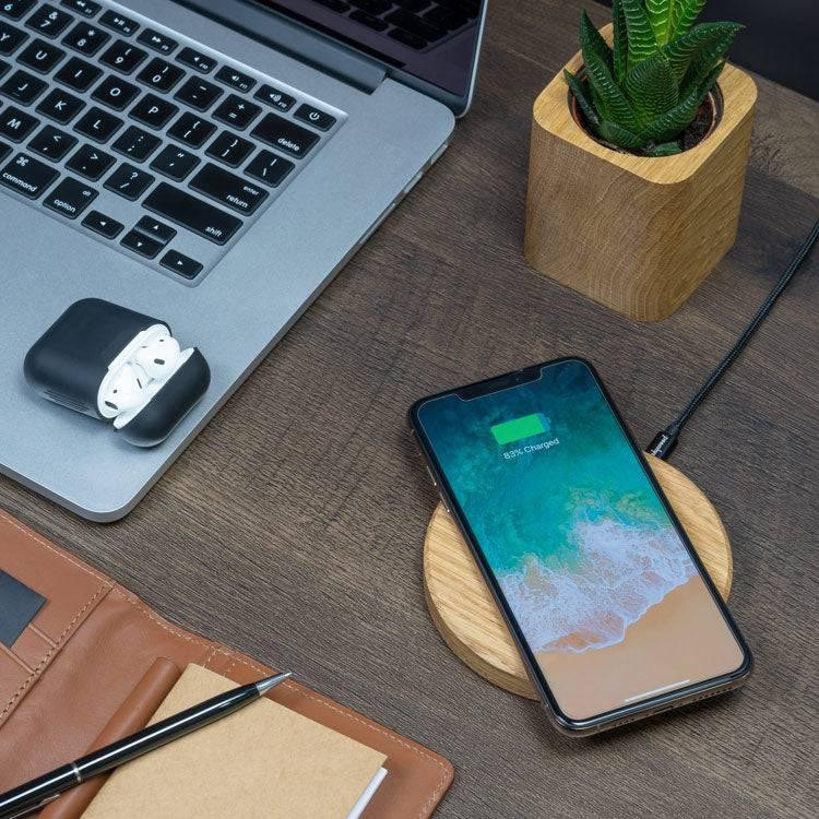 Oakywood wooden wireless charging pad