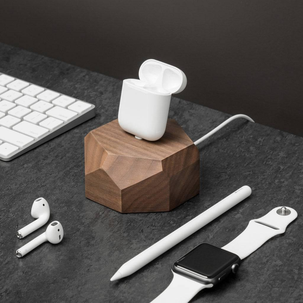 AirPods dock