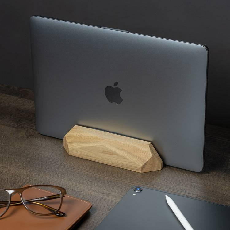 Wooden laptop dock