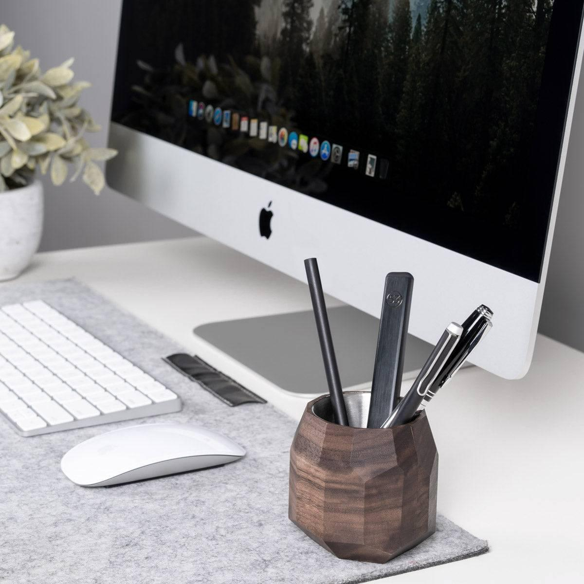 Geometric wooden pen holder