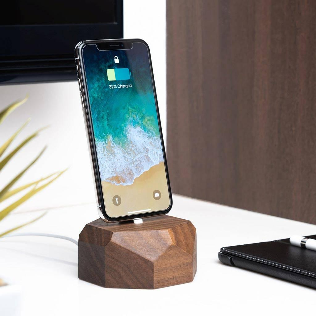 iPhone dock charger