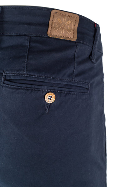 Explorer Chinos - Slim Fit
